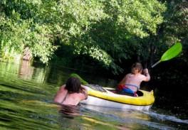 Baidarių nuoma (plaukimas baidarėmis Aukštaitijos Šventosios upe)
