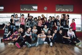 """Šokių studijoje """"Flash Dance"""" kalanetika, zumba, pilvo šokiai ir kt."""