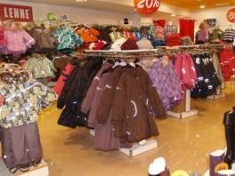 """""""3Apelsinai"""" vaikiškų drabužių parduotuvė"""
